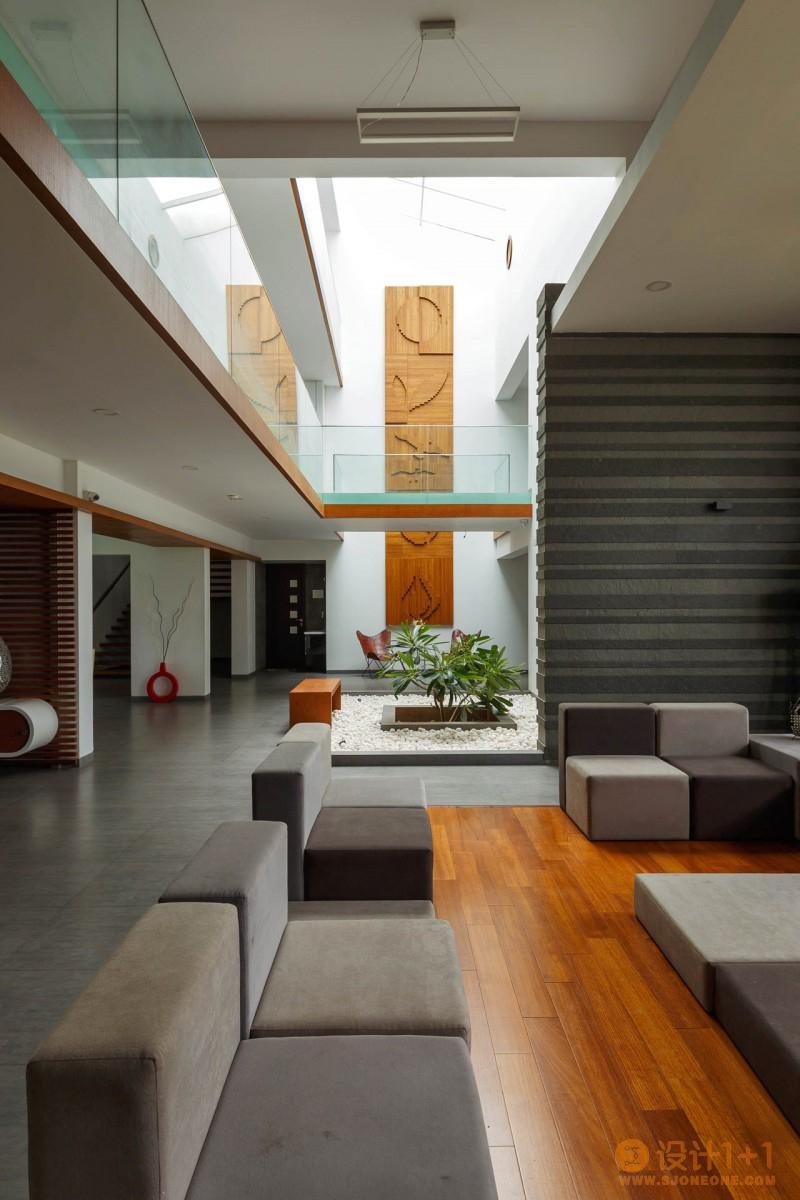 4个拥有内部花园绿色空间的豪宅