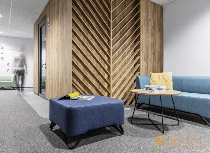 友好舒适的现代办公空间设计