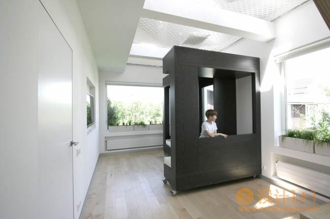 30个节省空间的创意家具设计