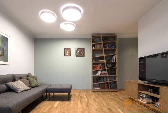 焕发生机的Kaunas旧公寓翻新装修设计