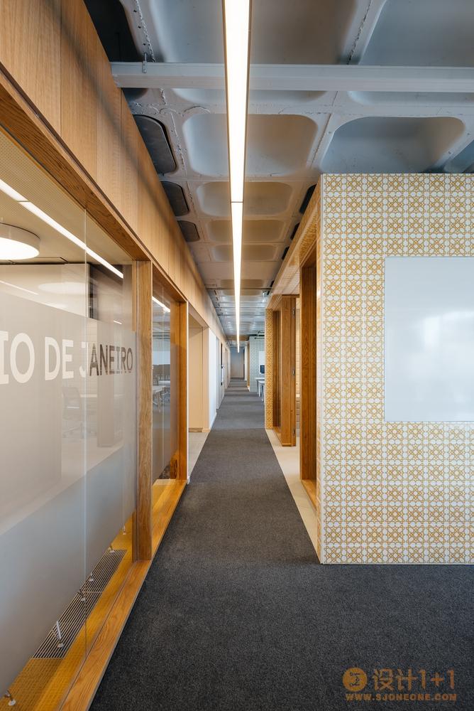 葡萄牙OLX办公空间设计