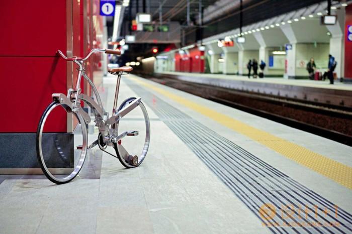 Sada Bike:折叠成雨伞大小的便携自行车