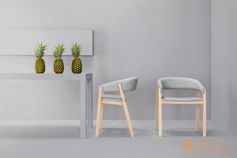 极简风格的Oslo椅和Valentino长凳