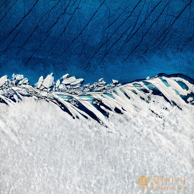 Timo Lieber:蓝与白的二重奏